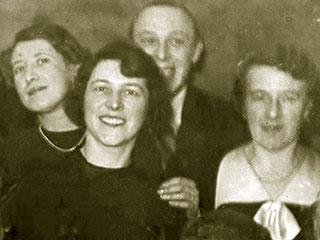 Grete, Anni und Else Eichenwald, 1936, Sammlung Leveton