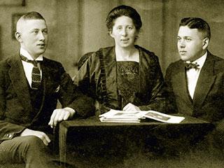 Karl, Clara und Ernst Eichenwald, Sammlung Leveton