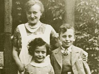 Marianne und Hans Löwenstein mit Hausangestellter Elisabeth Grundschöttel