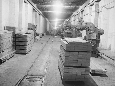 Innenansicht des KZ-Außenlagers 1945, Interior view of the underground factory © IWM BU 4182
